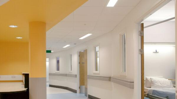 Rockfon® MediCare® Plus — Медицинские потолки