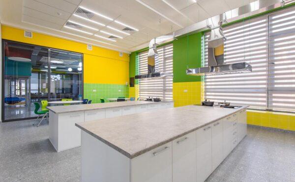 Школа Oxbridge International School